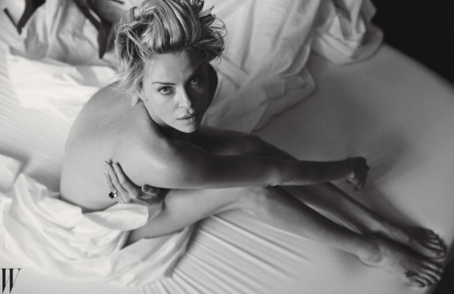nude photos of Charlize Theron