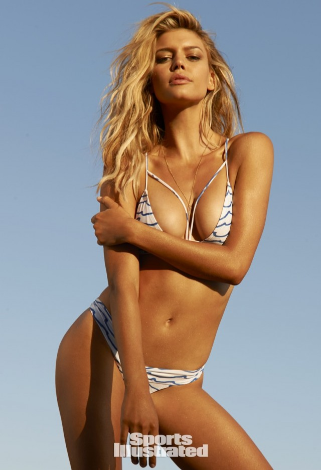 Hot photos of Kelly Rohrbach