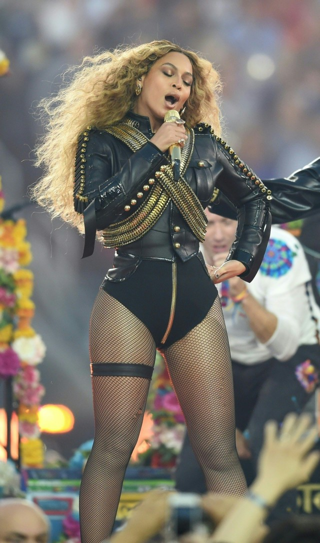 Beyonce Suer Bowl performance