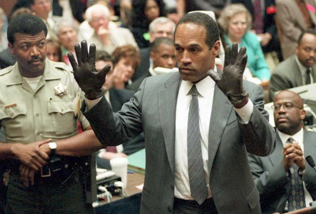 O.J. Simpson tried to kill himself in Khloe Kardashian's bedroom
