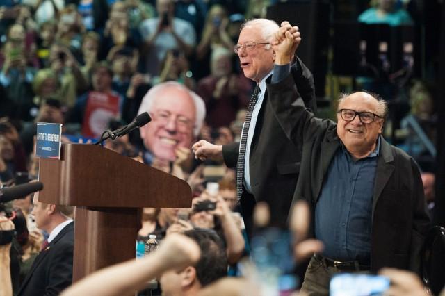 Danny DeVito Bernie Sanders