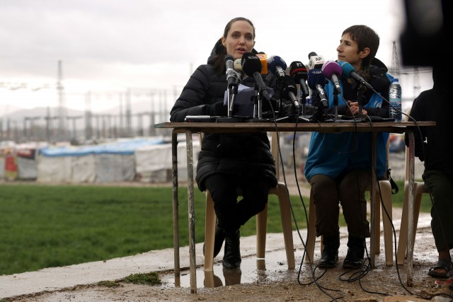 Angelina Jolie refugees