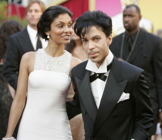 Prince and wife Manuela Testolini at the Academy Awards in 2005. (Photo: REUTERS/Mike Blake MM)