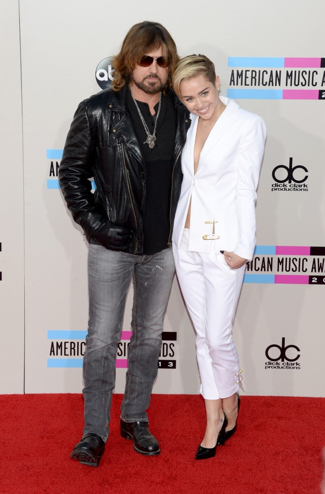 Billy Ray Cyrus criticizes Mississippi's 'religious freedom' law