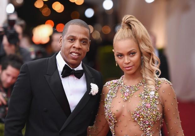 Jay Z cheats on Beyonce