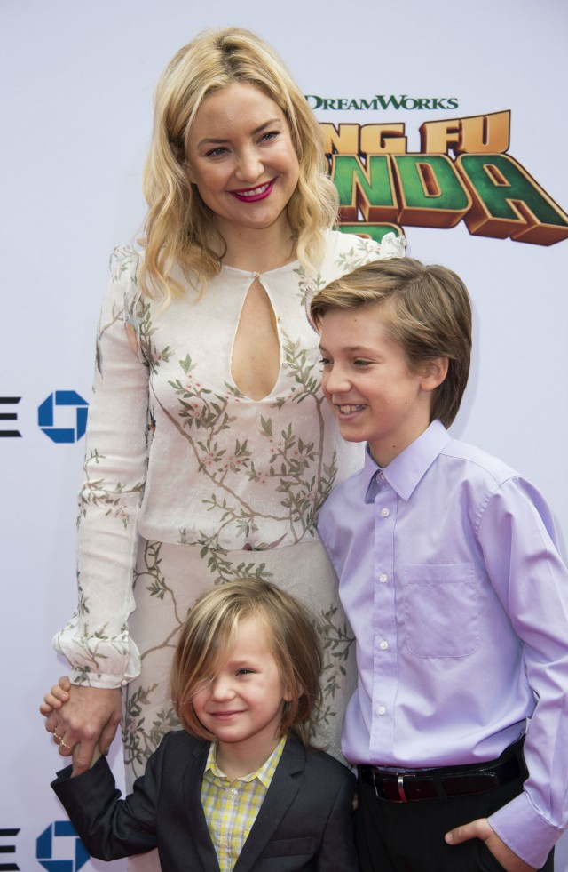 Kate Hudson bad mom interview