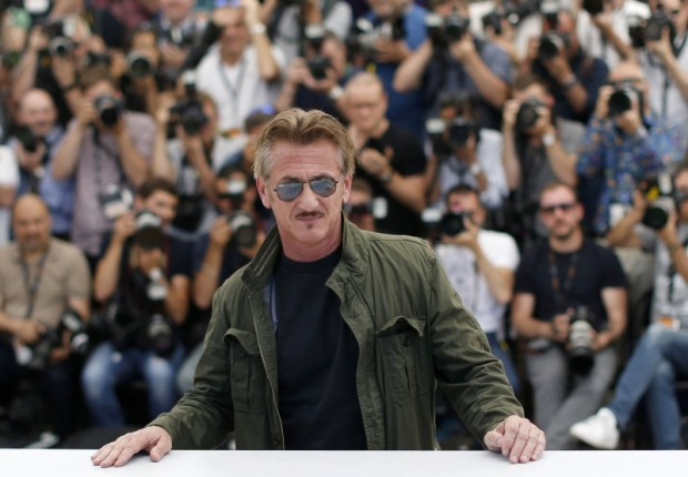 """Director Sean Penn poses during a photocall for the film """"The Last Face"""" in competition at the 69th Cannes Film Festival. REUTERS/Regis Duvignau"""