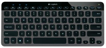 This Logitech keyboard is 40 percent off (Photo via Amazon)