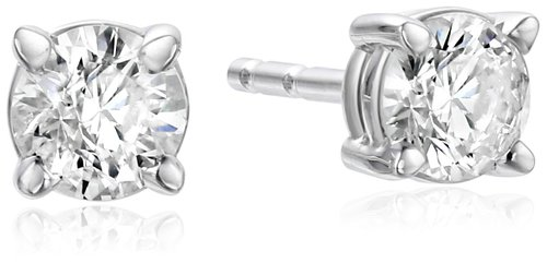 These white gold diamond studs are actually pretty similar to the ones that cost $2,500, but you can get this pair on sale for $159 (Photo via Amazon)