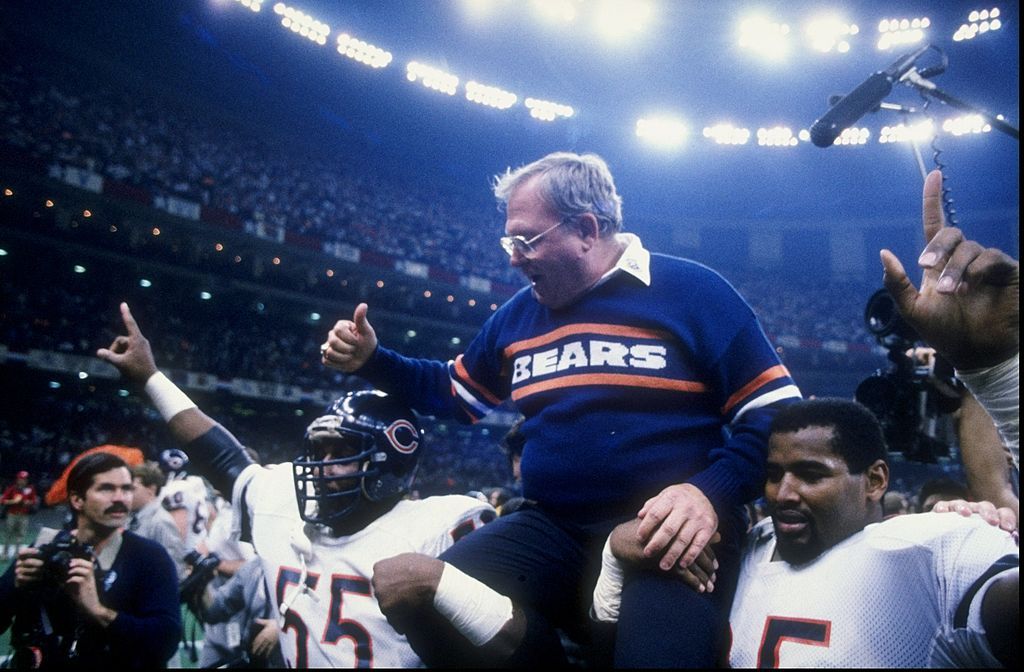 Buddy Ryan and defensive end Richard Dent of the Chicago Bears celebrate their Super Bowl XX victory over the New England Patriots (Getty Images)