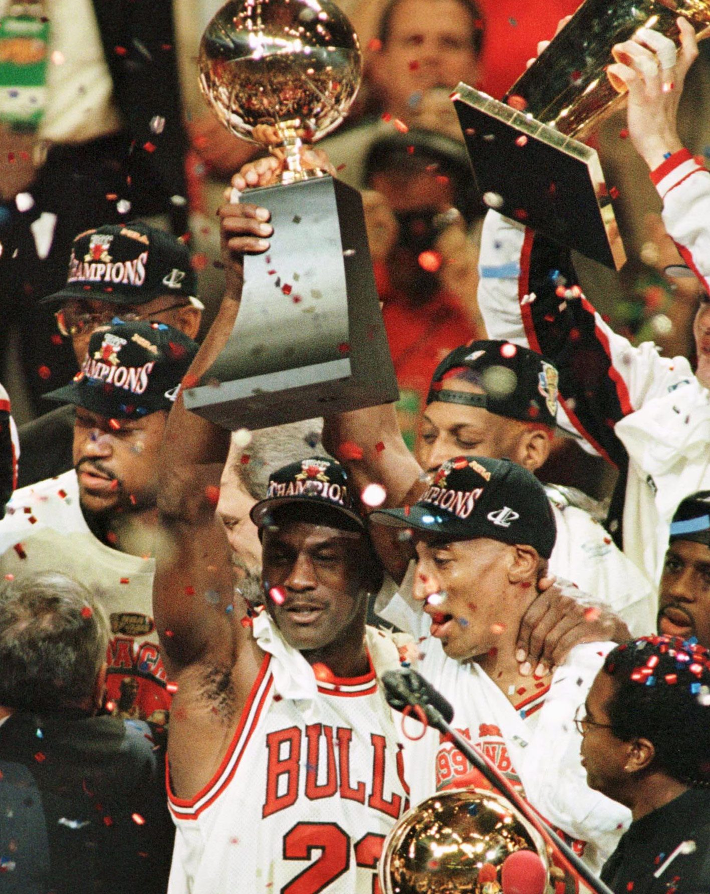 Michael Jordan and Scottie Pippen celebrate after one of their six NBA Finals victories (Photo: Reuters)