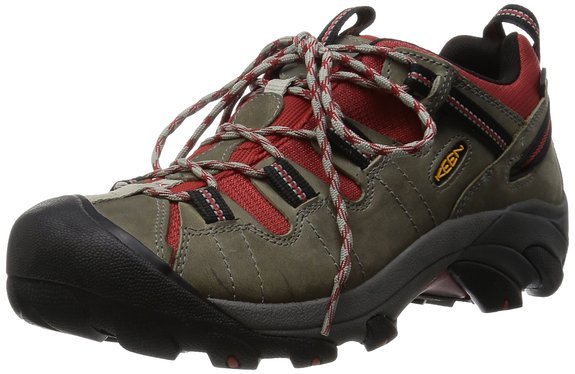 Normally $125, you can save $50 if you get a pair of Targhee hiking shoes today (Photo via Amazon)