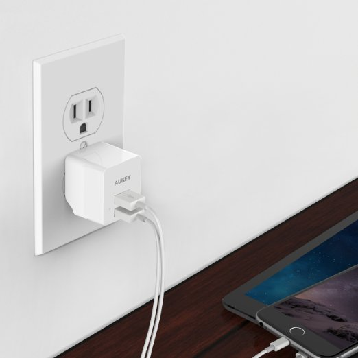 This is what the charger looks like in white (Photo via Amazon)