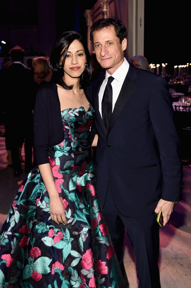 Huma Abedin and Anthony Weiner attend the 2015 New York Gala (Getty Images)