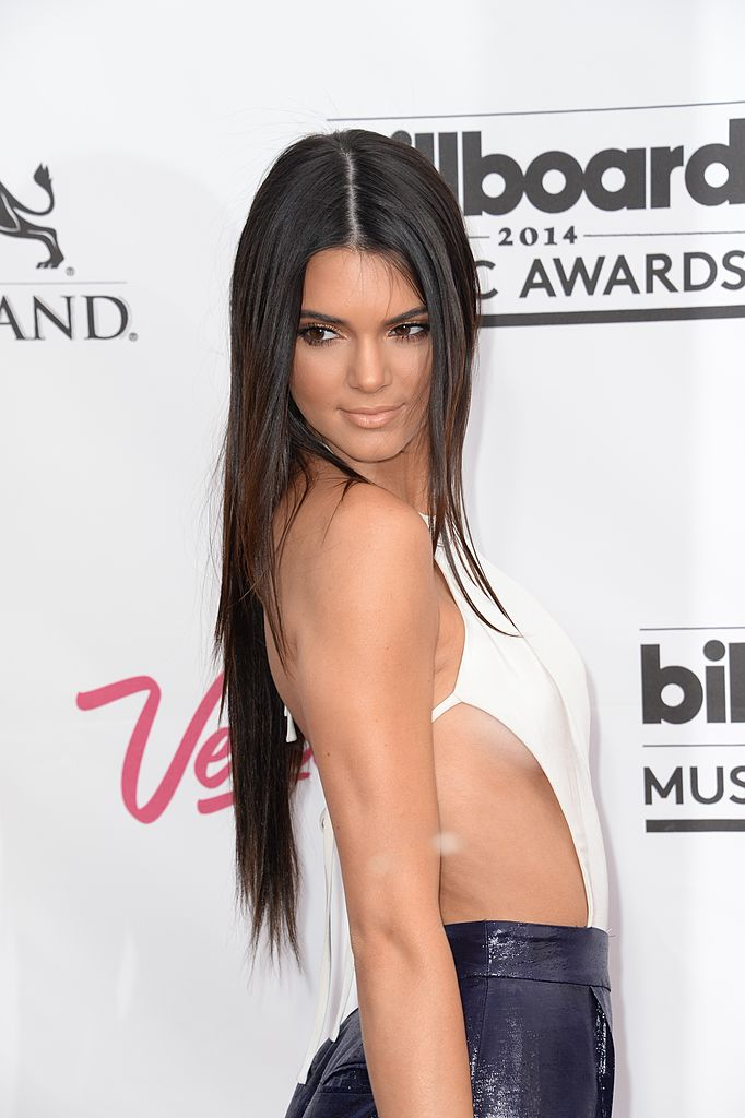 Kendall pulls it off just fine. (Photo credit: ROBYN BECK/AFP/Getty Images)