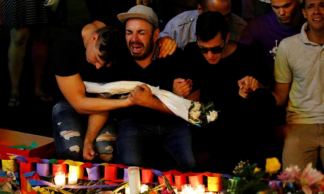 Orlando shooting grief Reuters/Carlo Allegri