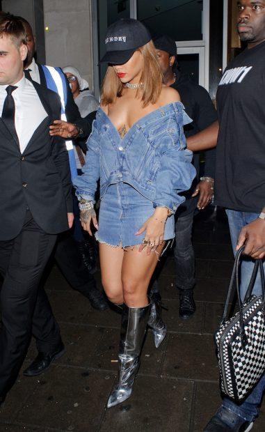Rihanna partying at Tape nightclub with Justin Bieber in London. (photo: Splash News)