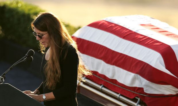 SIMI VALLEY, CA - JUNE 11: Patti Davis speaks at the interment ceremony for her father, former US President Ronald Reagan, at the Ronald Reagan Presidential Library June 11, 2004 in Simi Valley, California. Reagan died of pneumonia due to complications with Alzheimer's at age 93 at his home in California. (Photo by Carlo Allegri/Getty Images)