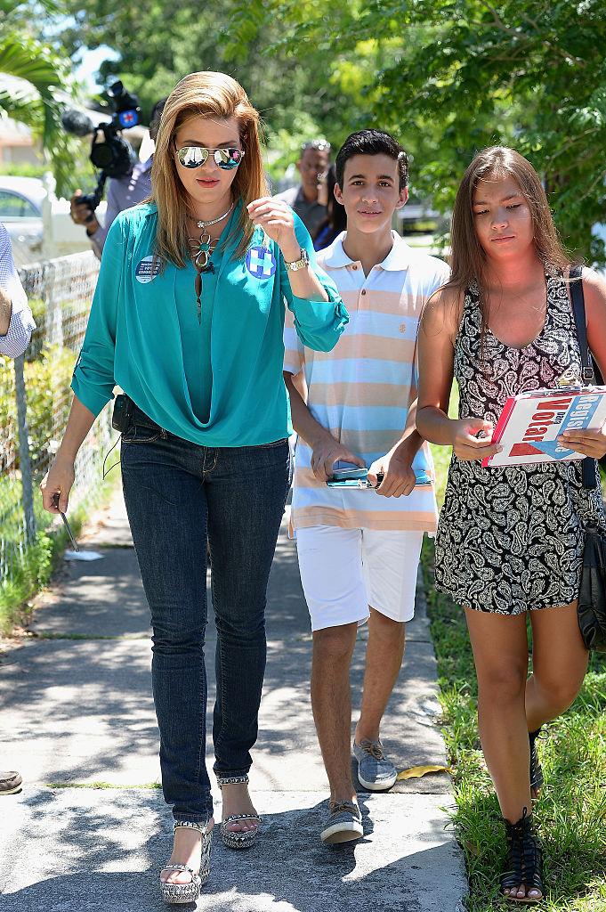 Alicia Machado campaigns for Hillary Clinton (Getty Images)
