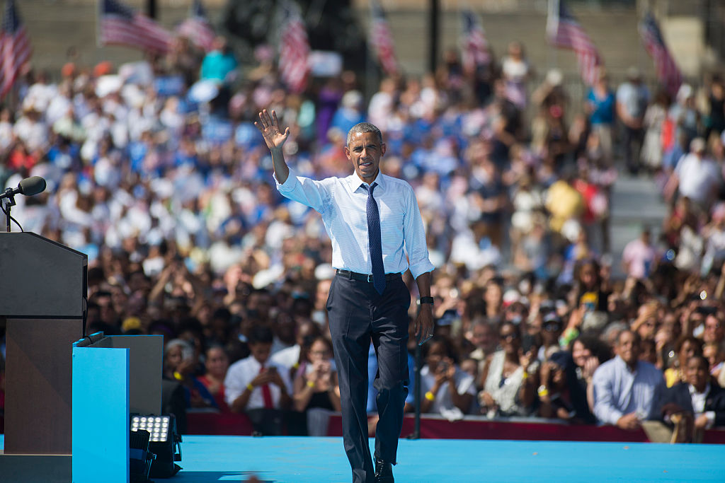 Barack Obama campaigns for Democratic nominee Hillary Clinton on September 13, 2016 in Philadelphia (Getty Images)