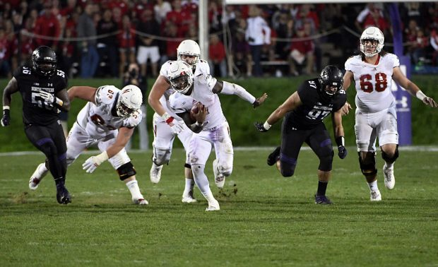 EVANSTON, IL- SEPTEMBER 24: Tommy Armstrong Jr. #4 of the Nebraska Cornhuskers runs against the Northwestern Wildcats during the second half on September 24, 2016 at Ryan Field in Evanston, Illinois. The Nebraska Cornhuskers won 24-13. (Photo by David Banks/Getty Images)