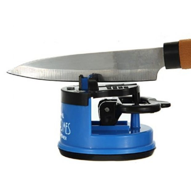 Normally $25, this grade-A knife sharpener is $10 off (Photo via Amazon)