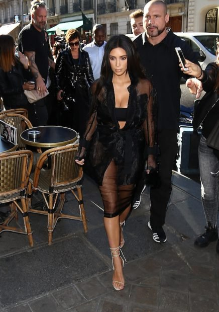 Kim, Kriss and Corey Kardashian appointement at Olivier Rousteing September 28th 2016 <P> Pictured: Kim Kardashian <B>Ref: SPL1364180 280916 </B><BR /> Picture by: KCS Presse / Splash News<BR /> </P><P> <B>Splash News and Pictures</B><BR />