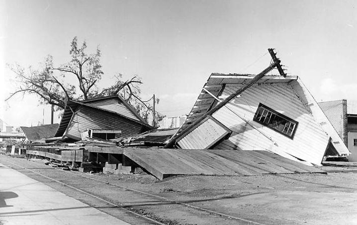 Columbus Day Storm 1962 public domain photo
