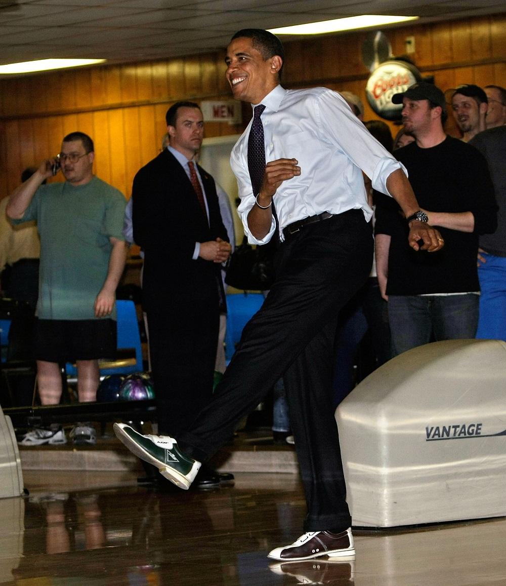 Barack Obama bowls horribly AFP/Getty Images/Alex Wong