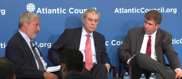 Atlantic Council's Peter Schechter interviews former Sec. of Commerce Carlos Gutierrez (center) and National Economic Council member Jay Shambaugh (right) at think tank event, June 27, 2016. (Youtube screen grab)