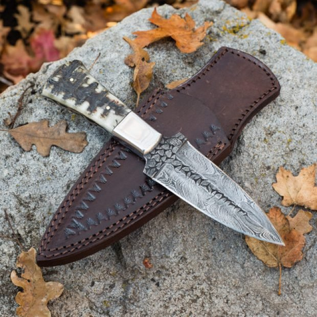 Normally $125, the Pugio Damascus dagger is on sale for $95 (Photo via Touch of Modern)