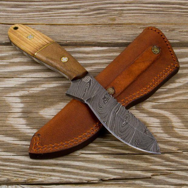 Normally $95, the Taksin Damascus skinner is on sale for $72 (Photo via Touch of Modern)