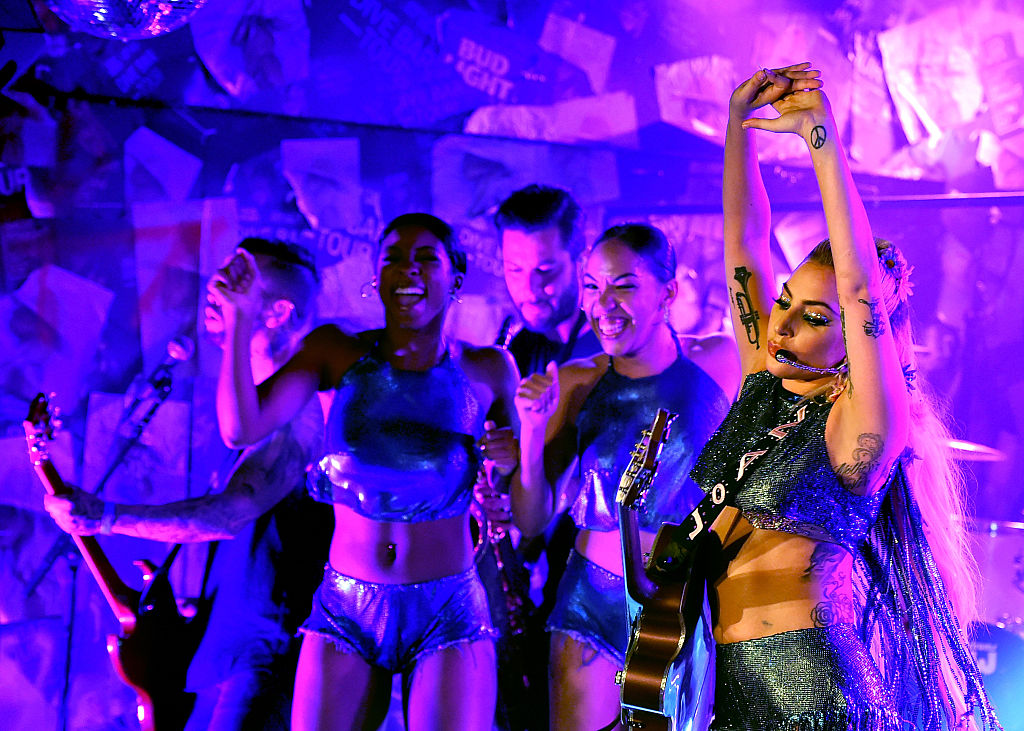 Lady Gaga on the Bud Light x Lady Gaga Dive Bar Tour. (Photo credit: Getty Images)