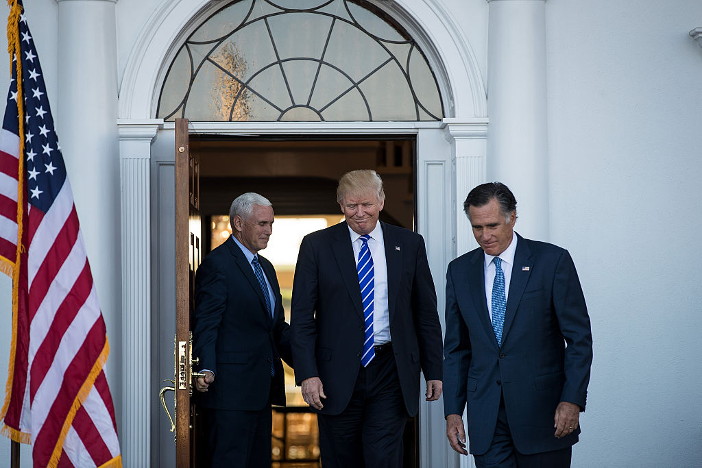 Mitt Romney meets with Donald Trump and Mike Pence in Bedminister, New Jersey (Getty Images)