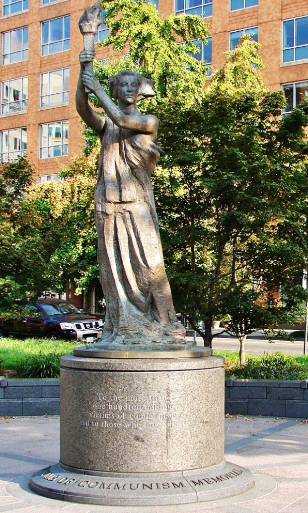 Goddess of Democracy statue by Thomas Marsh. Creative Commons.