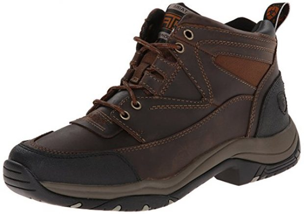 Normally $105, this pair of hiking boots is 42 percent off (Photo via Amazon)