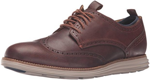 Normally $250, these Oxfords are only $99 today (Photo via Amazon)