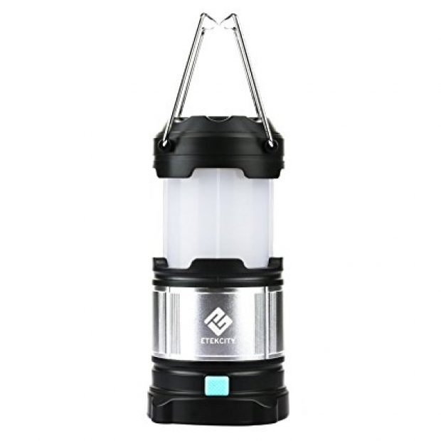 Over three-quarters of the 422 customers who have rated this lantern have given it 5 out of 5 stars (Photo via Amazon)