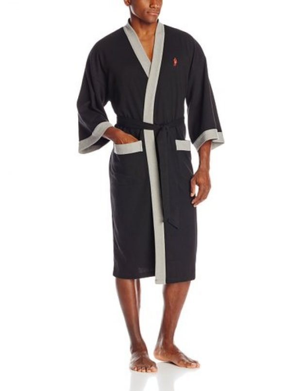 Normally $70, this robe is 57 percent off today (Photo via Amazon)