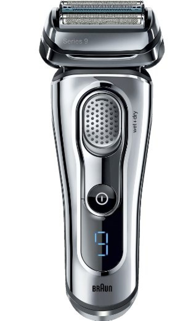 Normally $280, this Braun foil shaver is 31 percent off for Cyber Monday (Photo via Amazon)