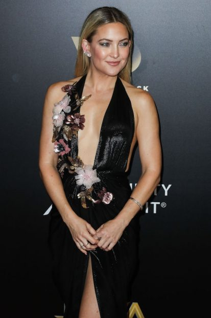 BEVERLY HILLS, LOS ANGELES, CA, USA - NOVEMBER 06: Actress Kate Hudson arrives at the 20th Annual Hollywood Film Awards held at The Beverly Hilton Hotel on November 6, 2016 in Beverly Hills, Los Angeles, California, United States. (Photo by Xavier Collin/Image Press/Splash News) <P> Pictured: