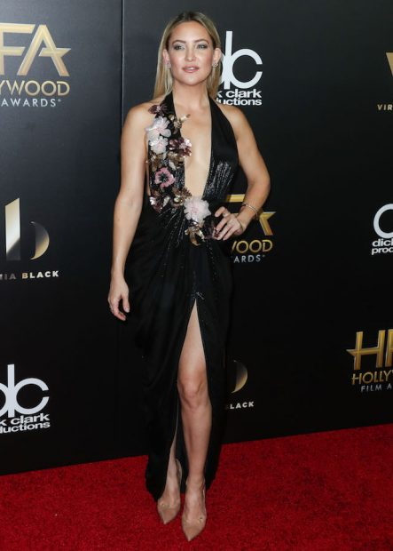 BEVERLY HILLS, LOS ANGELES, CA, USA - NOVEMBER 06: Actress Kate Hudson arrives at the 20th Annual Hollywood Film Awards held at The Beverly Hilton Hotel on November 6, 2016 in Beverly Hills, Los Angeles, California, United States. (Photo by Xavier Collin/Image Press/Splash News) <P> Pictured: Kate Hudson <B>Ref: SPL1388806 061116 </B><BR /> Picture by: Xavier Collin/Image Press/Splash<BR /> </P><P> <B>Splash News and Pictures</B><BR /> Los Angeles: