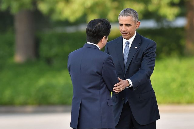 Obama and Abe. (Photo: Getty Images)