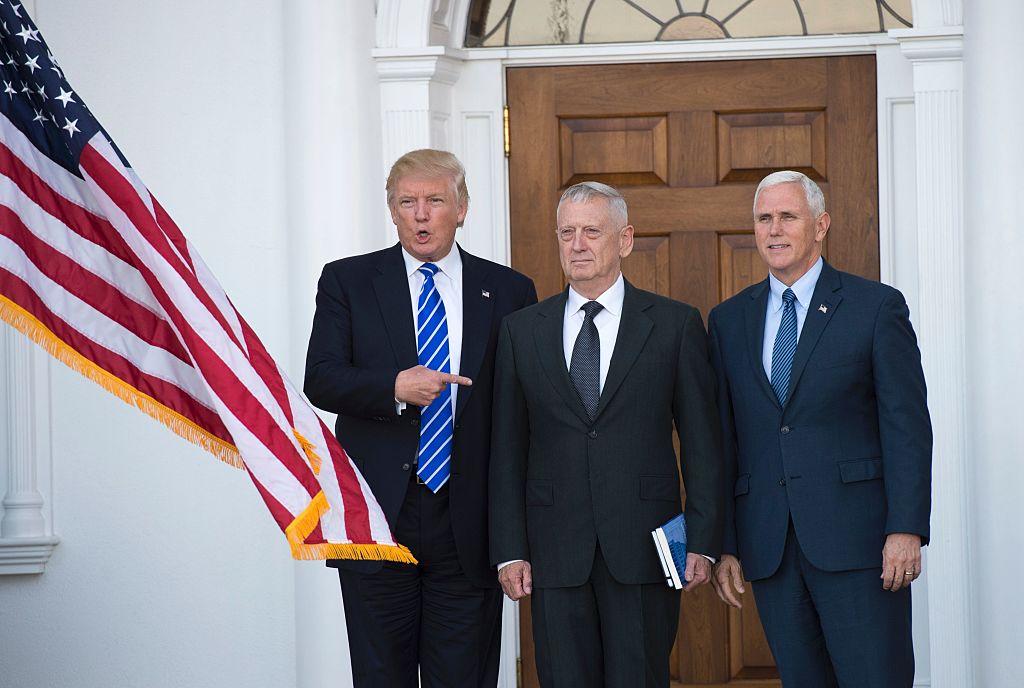 Donald Trump, James Mattis, Mike Pence (Getty Images)