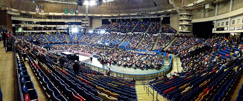 Panoramic of the audience at Donald Trump's speech at Crown Coliseum on December 6, 2016 in Fayetteville, North Carolina (Getty Images)