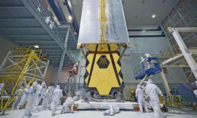 James Webb Space Telescope Being Assembled (NASA/Chris Gunn)