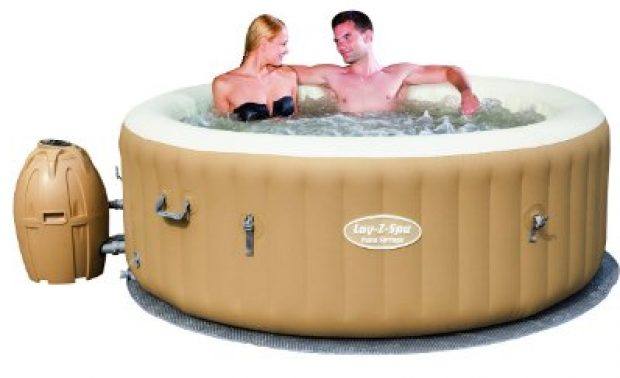 Normally $414, this hot tub is under $300 today (Photo via Amazon)