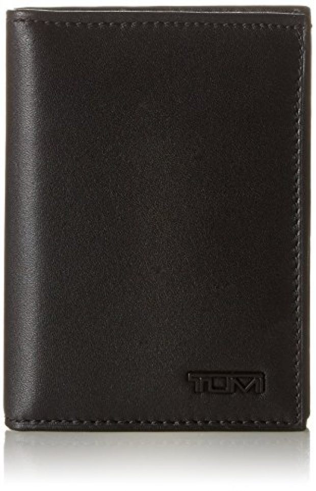 Normally $100, this Tumi wallet is 52 percent off (Photo via Amazon)