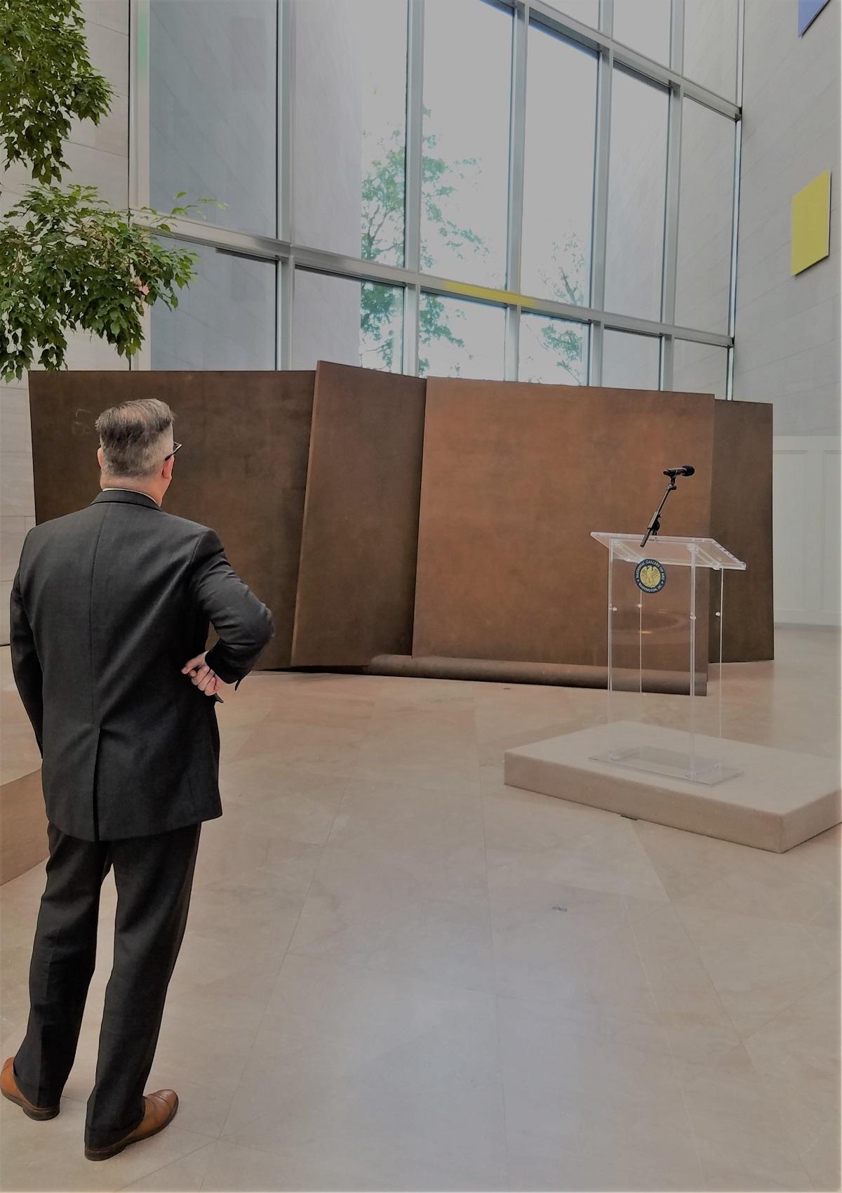 "Richard Serra's aptly titled ""Five plates, two poles."""