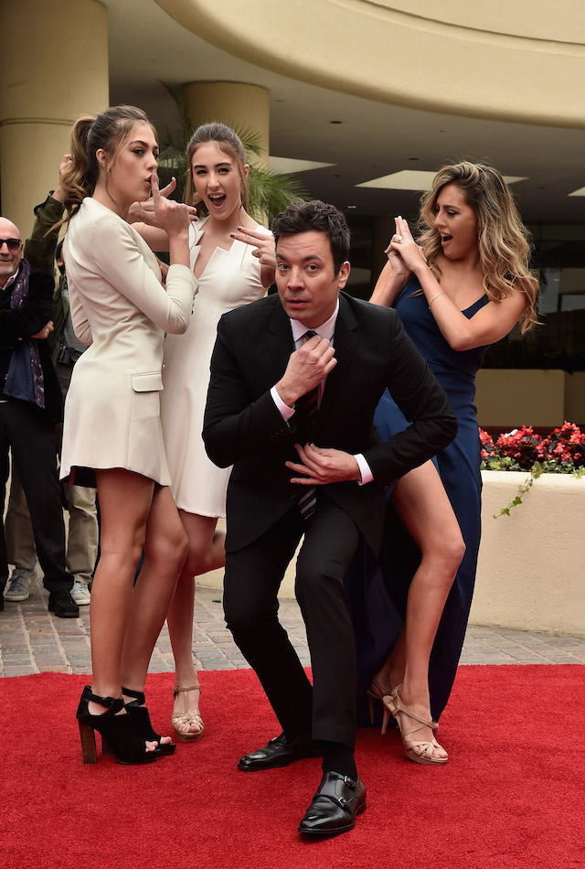 BEVERLY HILLS, CA - JANUARY 04: Miss Golden Globe 2017 Sophia Stallone, Sistine Stallone, host Jimmy Fallon and Scarlett Stallone attend the 74th Annual Golden Globes Preview Day at The Beverly Hilton Hotel on January 4, 2017 in Beverly Hills, California. (Photo by Alberto E. Rodriguez/Getty Images)